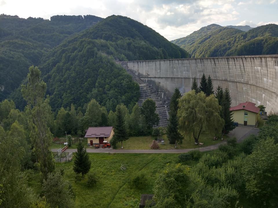 Lacul și Barajul Paltinul